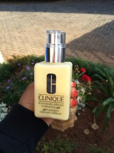 Clinique dramatically different moisturiser for combination to oily skin
