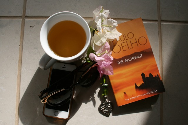 Miss Easy Elegance: Green tea and a good book